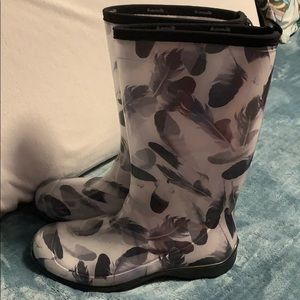 Angel Feather Rain boots